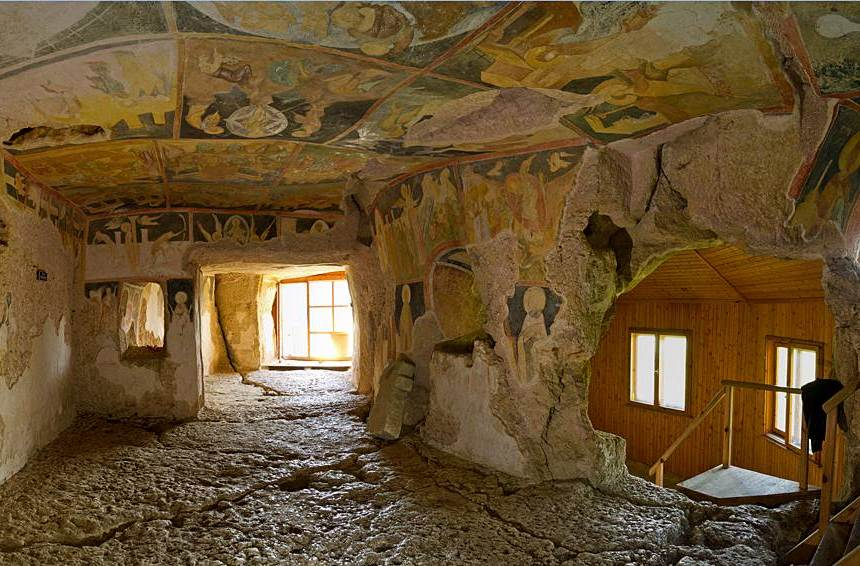 ROUSSE-AND-IVANOVO-ROCK-HEWN-CHURCH-4-HRS
